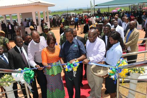 President Lungu (3rd from right) commissions the Mpika Regional Hub